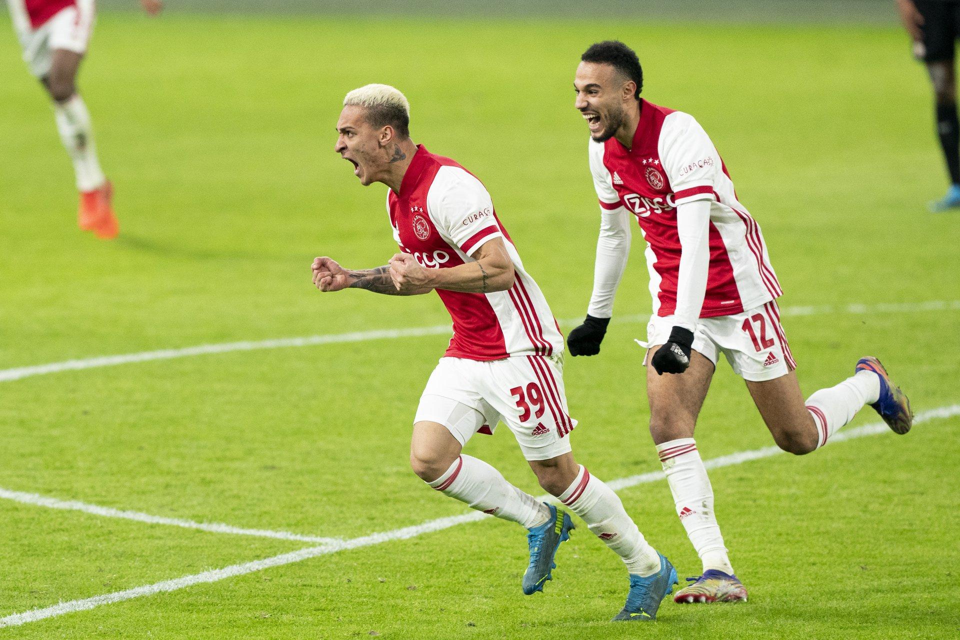 https://www.vodafoneziggo.nl/media/images/2021-01-10_Ajax_-_PSV_0337_KEUZE.width-1920.jpg